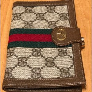 Gucci canvas leather kiss lock wallet